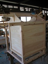 お稲荷さんの新築工事が完成しました